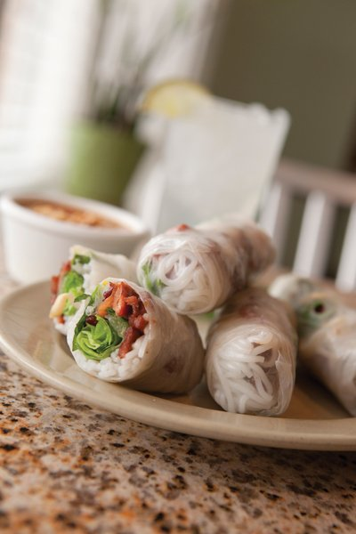 Goi Cuon Thit Nuong, lemongrass grilled pork spring rolls