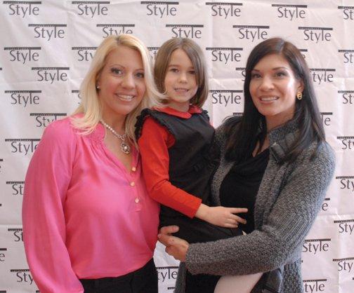 Stephanie Owens, Reese Richardson, Christina Richardson