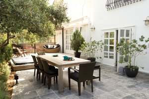 Patio-backyard-Large.jpg.jpe