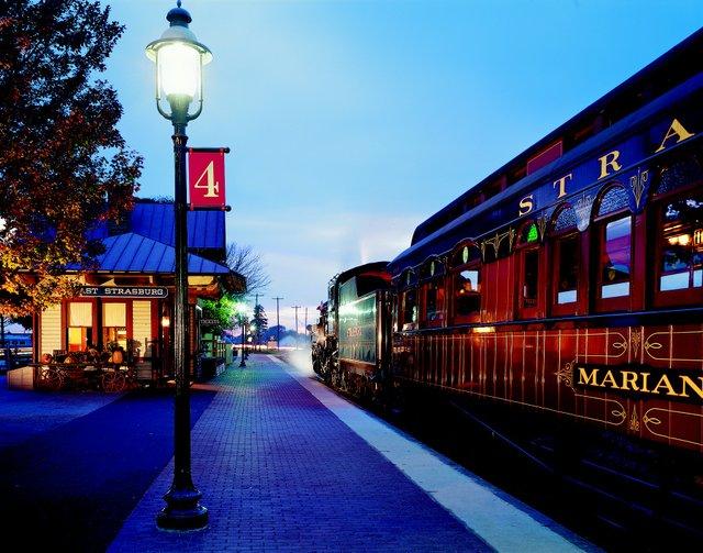 imagesevents9907SRR_Train_Station_Night300-jpg.jpe