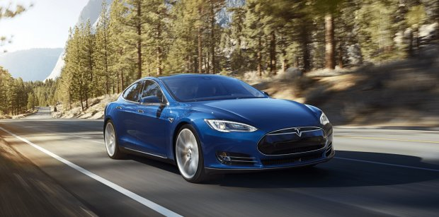 imagesevents11006Tesla-models-new-blue-forest-landing_3-png.png