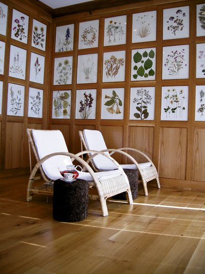 8143-LinksIndoor_relax_2_chairs2.jpg.jpe