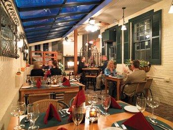 8323-patio_evening2.jpg.jpe