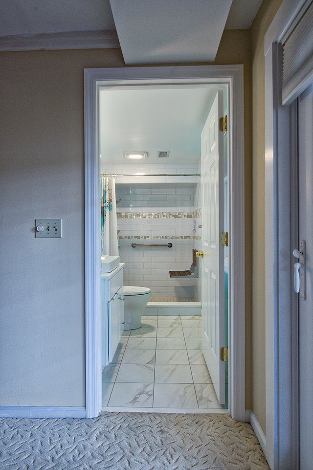 E001A1 - Aluquin bathroom 2017-2.jpg