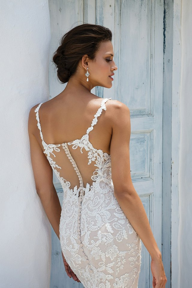 UniqueBack:Lace(2).jpg