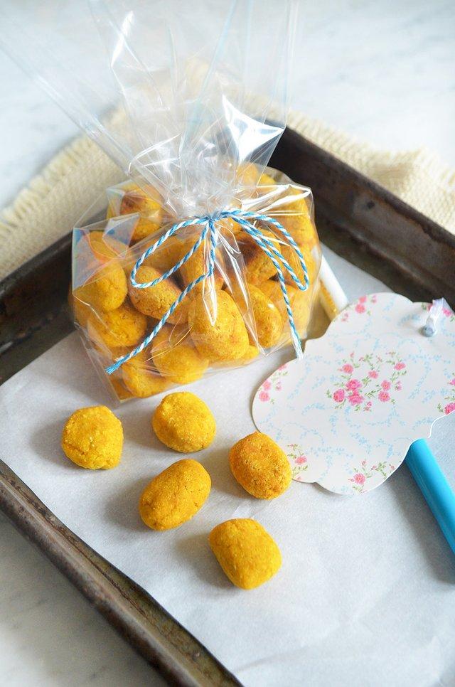 Pumpkin Ginger Coconut dog treats 1.jpg