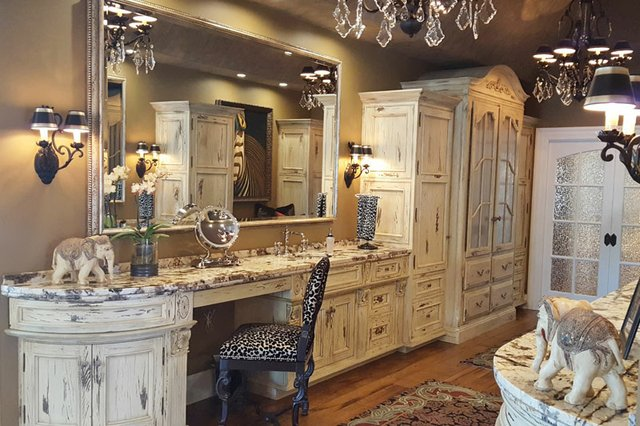 Large or Master Bathroom Category