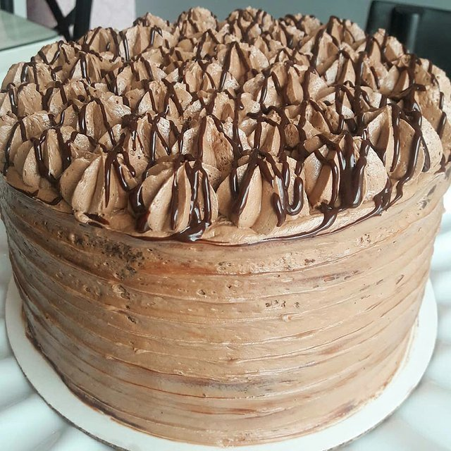 La Petite Pattesserie (7 Layer Death by Chocolate) .JPG