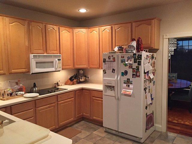 before kitchen 01.jpg