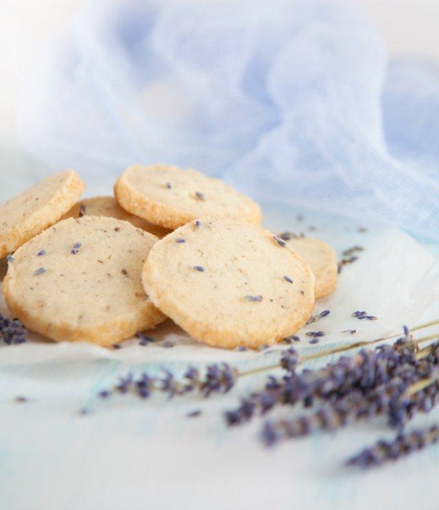 lavender_cookies.png