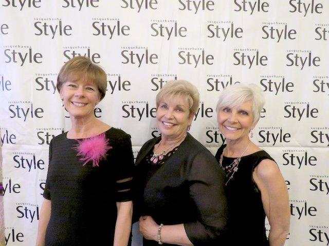 Sue Grove, Pat Walters, Wanda Wandwandrers.jpg