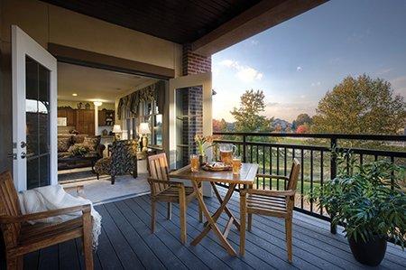 Landis Hybrid Model Apt Balcony from Outside.jpg.jpe
