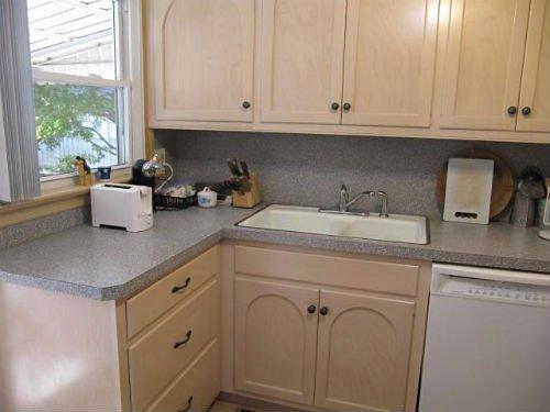 10739-kitchen-remodel-before.jpg.jpe