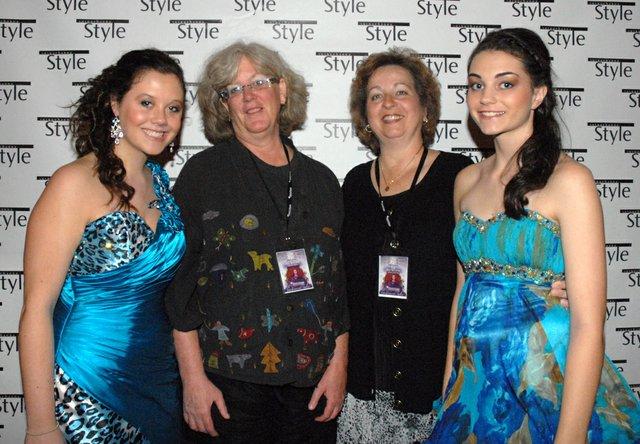 Melissa Pilat, Karen King, Janet Potter, Natalie Potter