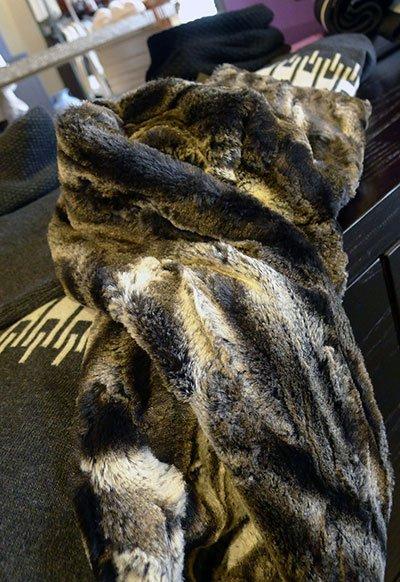 Fur-Scarf-2.jpg.jpe