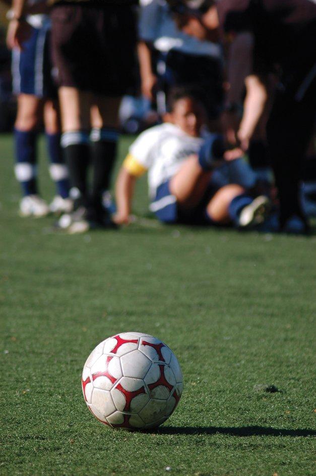 Soccer-Injury.jpg.jpe